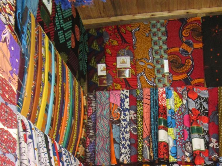 Tuchhändler in Njombe