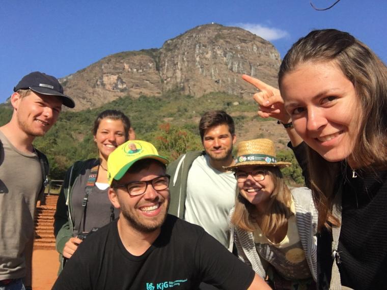 Wanderung in Madunda auf den Hausberg